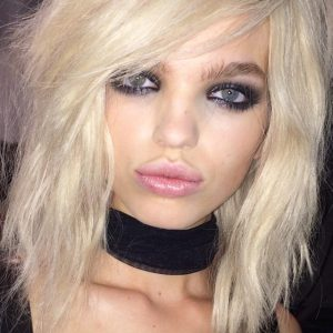 This GORGEOUS look was created by makeup icon Charlotte Tilbury for the Tom Ford show. I love to smudgy, dark eye with the nude lip. The girls all looked like glamourous rock chicks - classic Tilbury look. Hair was by Sam McKnight.